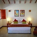 divyaa lagoon hotel