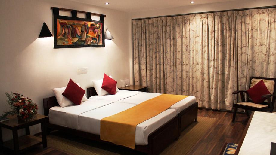 orient_hotel_2
